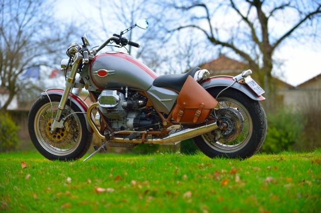 California Bobber Moto Guzzi par JMB Concept Moto / © Pascal Baudry