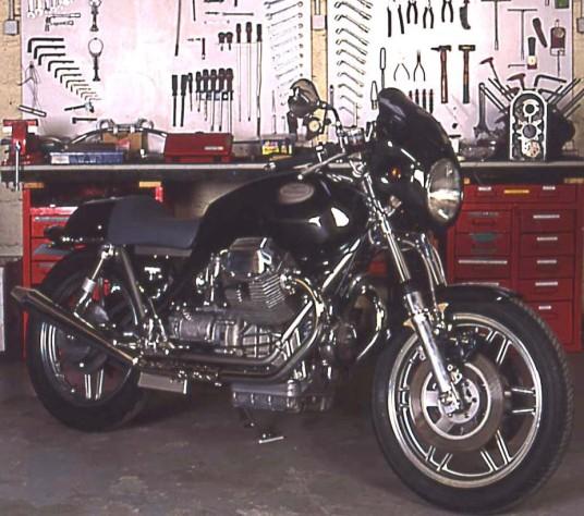 Café Racer Moto Guzzi préparé par JMB Concept Moto